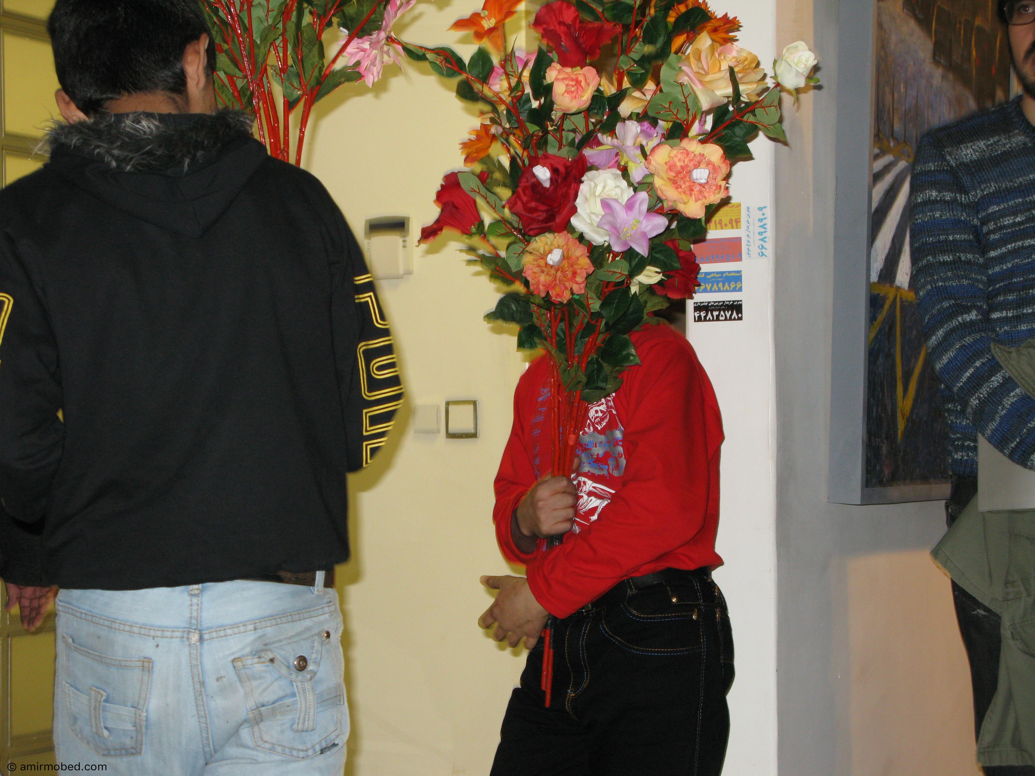 گل های سرزمینم، ۱۳۸۹، اجرا، گل مصنوعی، رنگ فوری، رزین